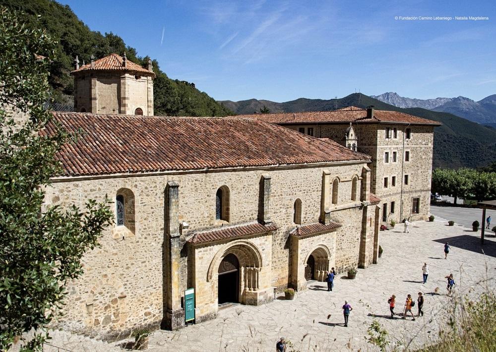 Monasterio de Santo Toribio. Photografy: Fundación Camino Lebaniego – Natalia Magdalena